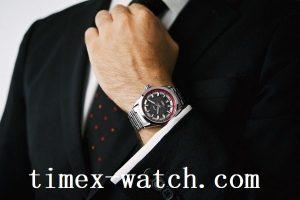 Artian Penggunaan Sebuah Jam Tangan Yang Banyak Digunakan